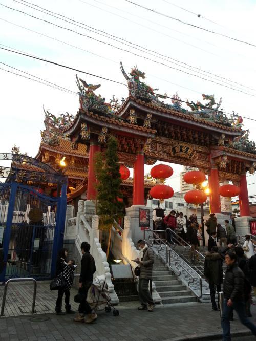 久しぶりに中華街へきました。春節もあり混んでます。