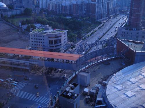 カルフールが見える。中国はカルフールが多い。