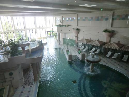 「クアハウス&プール」(写真)の施設が充実している。20mプール、子供用プール、気泡浴、全身浴、寝湯、水風呂、ミストサウナ、サンタンコーナー等。