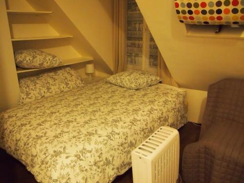 シングルベッドとソファーベッドです。wi-fiもちゃんとあります。<br />言うことなし◎