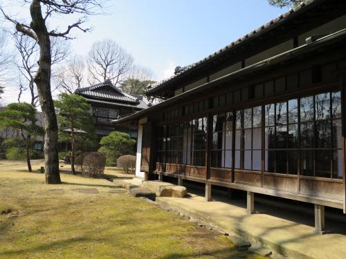 西川家別邸<br /><br />多摩地域の養蚕・製糸業が最盛期をむかえた時期(大正期から昭和初期)に建てられ、 よく吟味された部材が使われています。