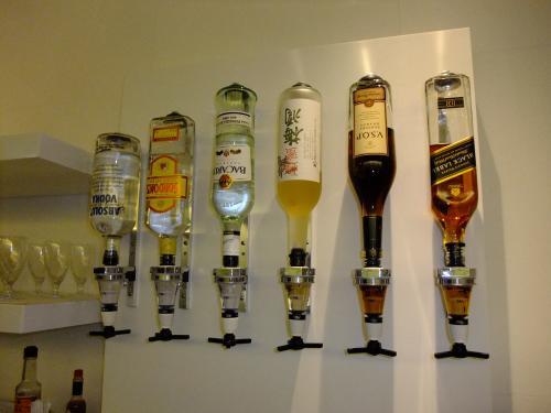 ウイスキー、スピリッツも無料です。ビールもあります。