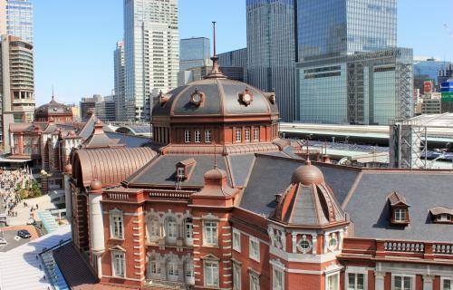 東京駅<br />これはキッテガーデンからのショット。<br />駅が間近に見えます、素晴らしい建物にうっとり。<br />