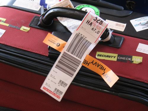 ホノルルからマウイへの移動日。2個のスーツケースのうち1個はオーバーウェイトのチャージを承知でチェックイン。67.0lbでした。来年は必死で手荷物にしよう。