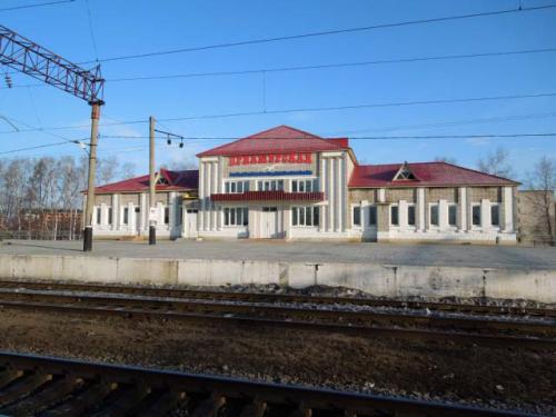 今回の目的駅プリアムールスカヤです。<br />アムール川を渡って最初の駅ですが....