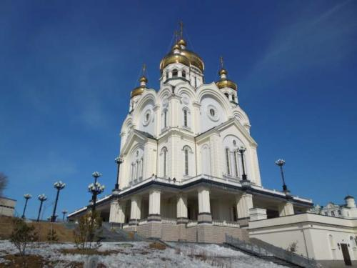こちらは極東最大の大聖堂でつい最近できたものです。<br />でも...ニュースにもなってましたが、激しく傷んでます....