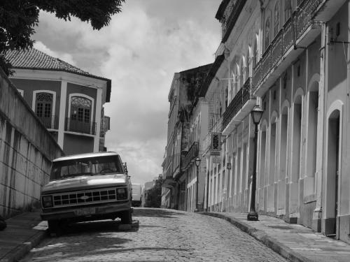 古い街並みがきれいですが、だーれもいない。<br /><br />せっかくここまで来たので、世界遺産の観光できてよかったけど