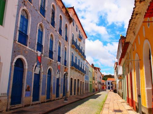 この通りが一番有名な通りらしいです。<br /><br />タイル張りの建物が美しい。