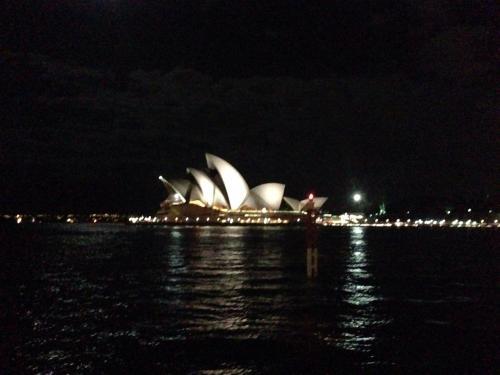 オペラハウス(夜)