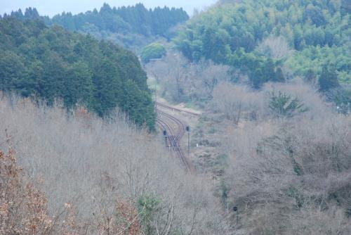 ループ線を登りきったところ<br /><br />下の方に大畑駅が見えます。<br />列車に乗りながら、ループ線が実感できます。