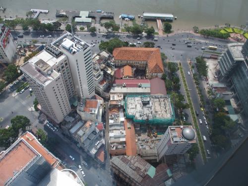 68階建て、262mの風景