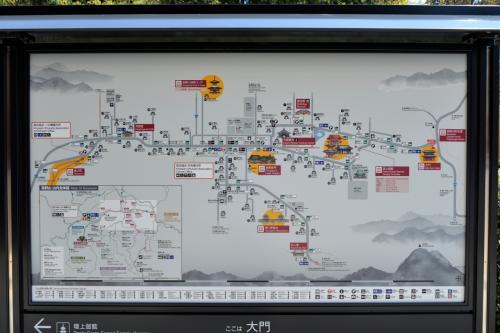 ちなみに高野山内の地図を見てみると、もう山上に広がる1つの街って感じです。