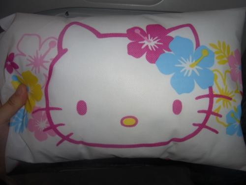 枕もキティちゃんです!<br />