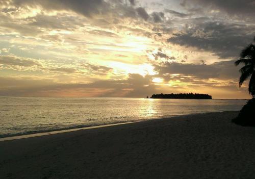 インド洋の朝焼け。