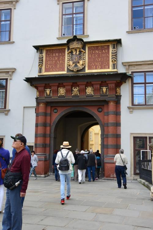 その先にある、スイス門。<br /><br />