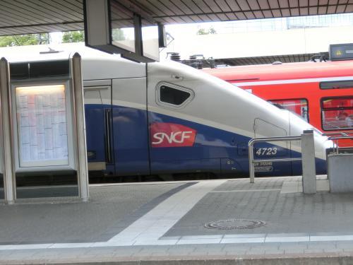 14:02シュパイヤー発でヴォルムスに向かいました。<br />途中マンハイムで乗り換え。<br />マンハイム駅で憎っくきフランスのTGVを発見。何故かというと先のフランス旅行でフランス国鉄SNCFに散々な目に遭ったから。