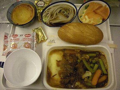 パリ−東京の夕食、ビーフグーラッシュ