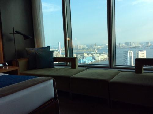 晴れていて気持ちいい景色。<br />お部屋の広さはスタンダードと変わらないな。