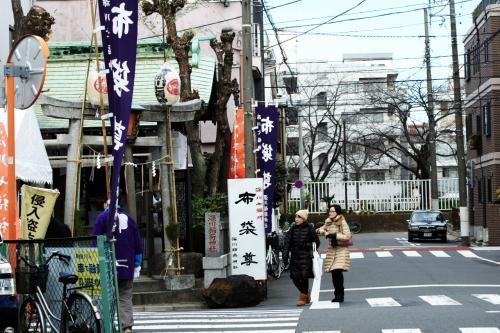 2カ所目は小名木川の向こうにある深川稲荷神社の布袋尊さんです。
