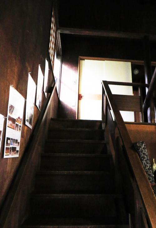 2階へ上ってみた。ここはカニングハム邸のプライベートな空間だったところで、彼女の寝室や洗面所、書斎があった。