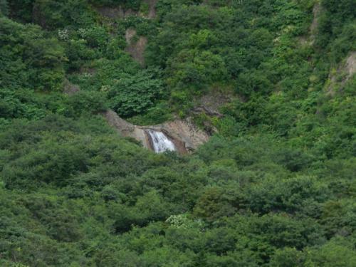 『不帰の滝』の上の方にもう一段の滝を発見!<br />前回は気付きませんでした。