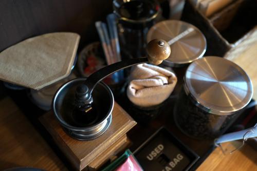 コーヒーミルがあり、豆も数種類用意されていて好みの香りを楽しめるようになっています。