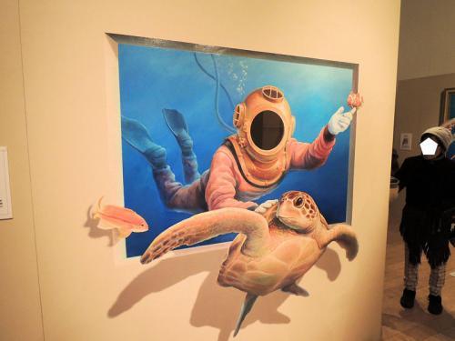 大丸心斎橋店のイベントホールで開催されているトリックアート展に足を運んだ。