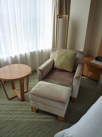 1人掛けソファも座り心地が良くて・・・♪<br />