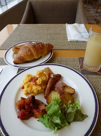 朝食もクラブラウンジでいただきました。<br />