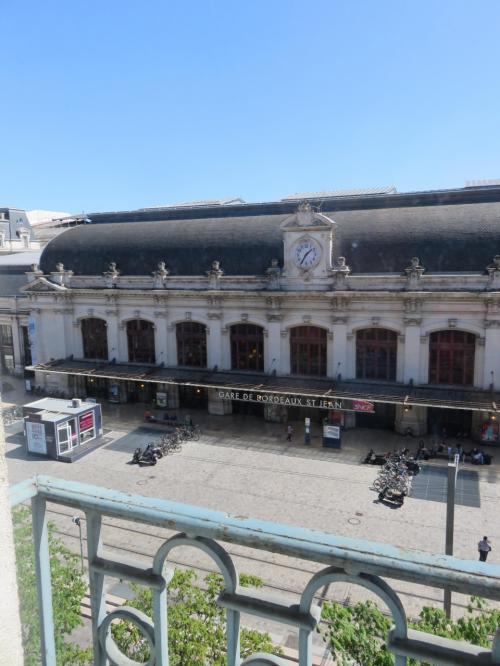 ホテルからのボルドーサン・ジャン駅<br /><br />到着時13:35<br /><br />14:05でサンテミリオンに出かけました