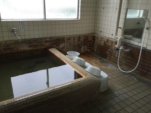 こちらは内風呂<br /><br />誰もいなかったので撮ってしまいましたw<br /><br />