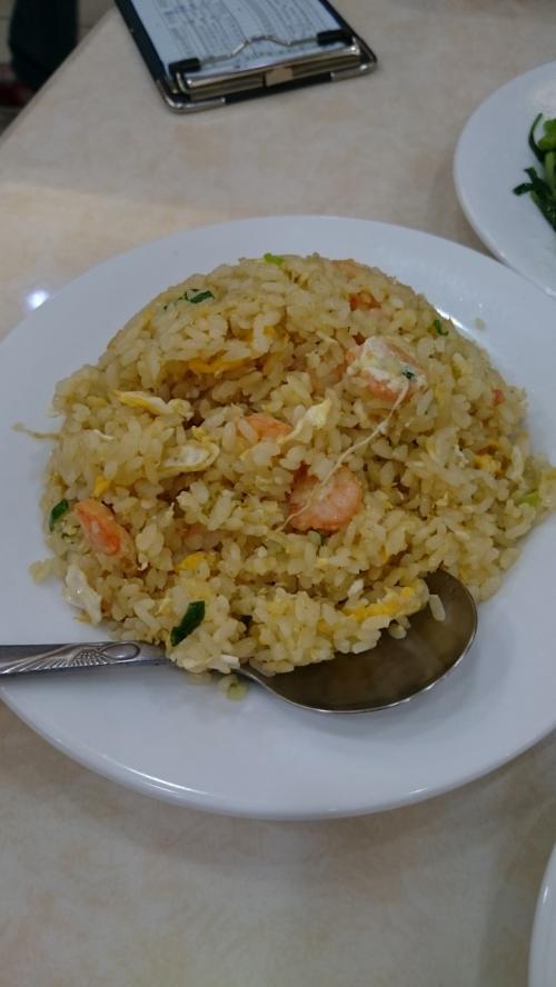米も食べたかったのでエビ炒飯も注文。<br /><br />自分的にはチャーハンは鼎泰豊よりここのほうが好きですね。