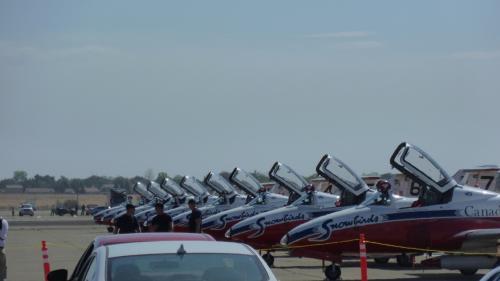 ところ変わって<br />サクラメントのCalifornia Capital Airshow<br />初めて見るスノーバーズ