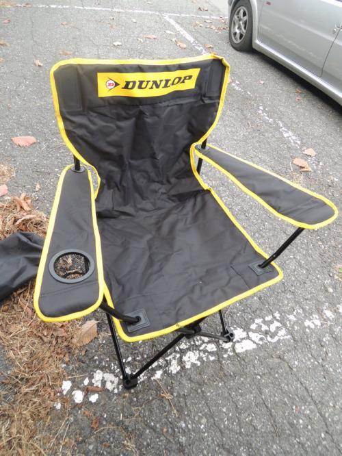 こちらが上映会のあとに行われた抽選会で当たったアウトドア用の椅子。この一年後からキャンプを始めるので役立っている。