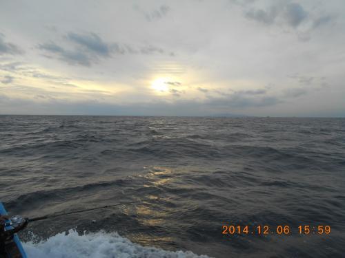 6夜夕方出船変な雲段々