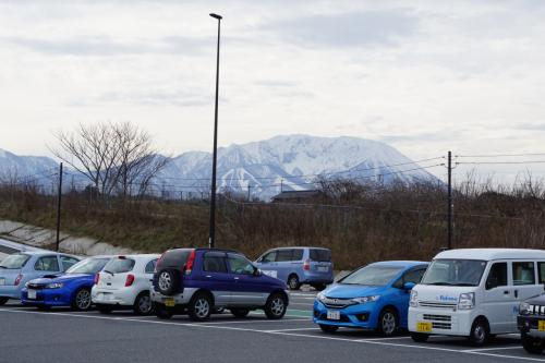 倉吉は、島根県側から車で向かいます。昔は9号線しかありませんでしたが、今は高速道路並みのバイパスが出来て、かなり便利になりました。<br />米子を過ぎて、まず寄ったのは、道の駅 大山恵みの里。あれは大山なんですが、米子の方から見る大山の姿とかなり違って、伯耆富士という感じが全然しない。こっちの人は「裏大山」というそうです。