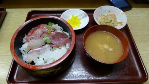 10食限定、熱海の海鮮丼×2(500円税込み)合計1600円 最高です!