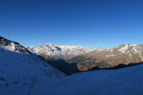 TSD 6 Solert リフトの山頂駅です。 2,540mのポイントです。