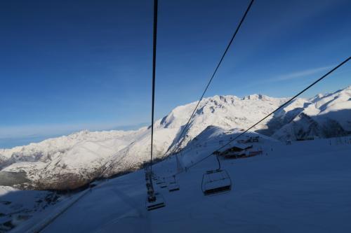 Cretesリフトからの眺め、その2(斜め)です。