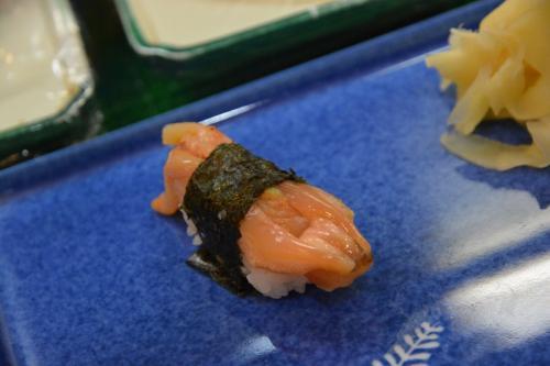 赤貝・・・、の、ヒモ。<br /><br />身も美味しいのですが、こちらも、独特の食感と香りで、また違った美味しさを楽しめます。