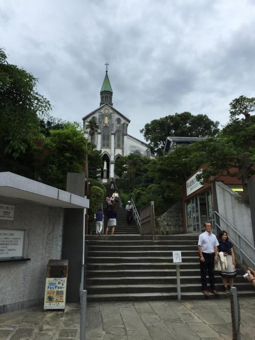 大浦天主堂へ<br /><br />さすが坂の町。。坂結構あがります