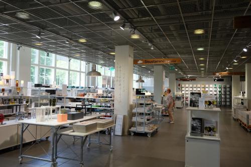 アウトレットでお買い物。<br /><br />ヘルシンキは観光よりもこちらが目的です。<br />