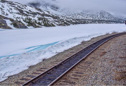雪の世界と どこまでも続く 線路 <br /><br />思い切って来て 良かった。最高〜