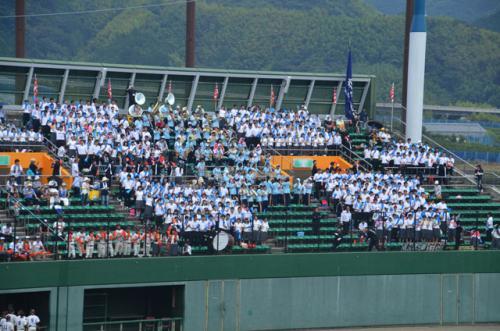 3塁側の富士の応援席です。