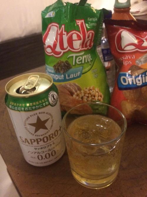 わざわざ、日本からノンアルコールビールを持参しました。