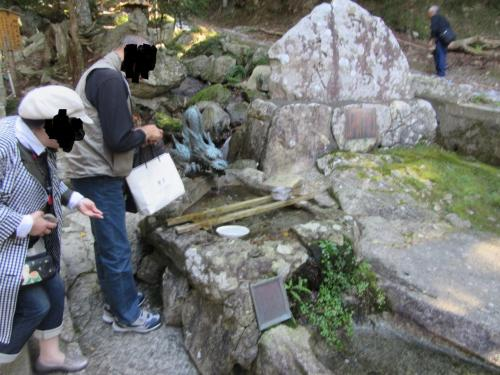 銭洗いもあるよ。<br />僕も500円玉を洗いました。