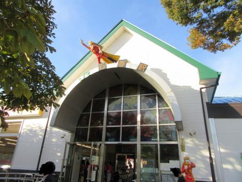 女川シーパルピアで<br />買い物をしてから女川を発ちます。<br /><br />石巻駅につきました。<br />マンガの町です。