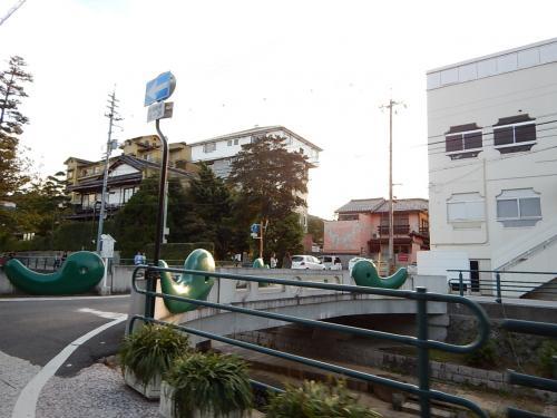 玉造温泉街へ。<br />高級温泉旅館が多いが、今回は日帰り温泉で。