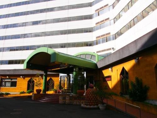 ホテルに到着。<br />スタッフの方々が笑顔で出迎えて下さいました。