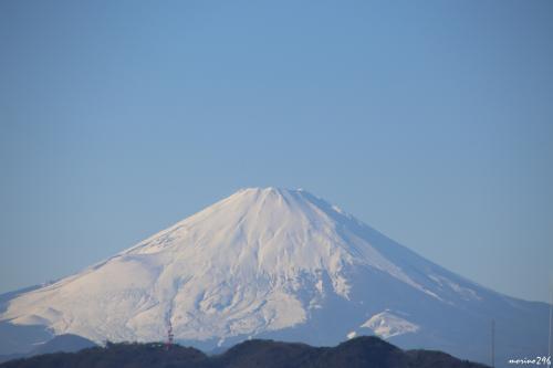 茅ヶ崎海岸西浜からの富士山<br /><br />これだけくっきり見えるとはラッキー!